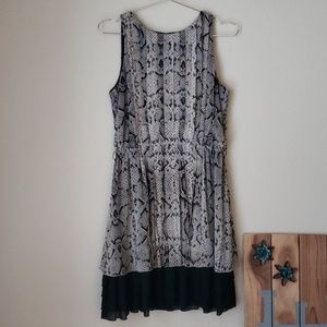 Pre-loved! Size Medium Closet Clean-out!!